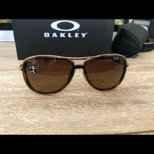 Oakley Accessories - Oakley Split Time Polarized Sunglasses Tort Brown